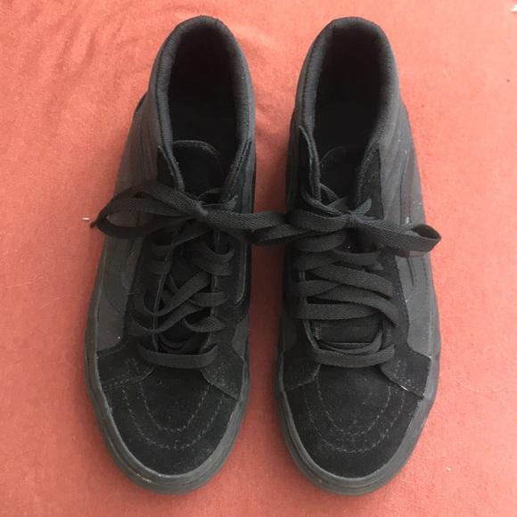 all black non slip vans